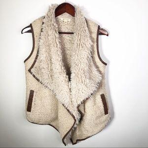 Miami Faux Fur Vest with Faux Leather Trim Small